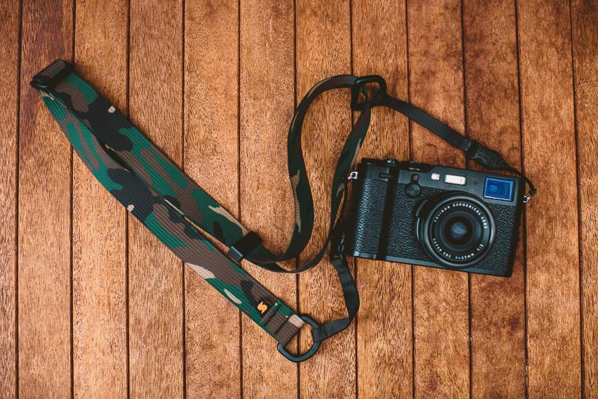 Simplr M1a mirrorless camera straps